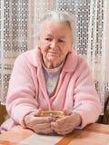Stara smutna kobieta Zdjęcia Royalty Free