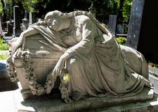Stara statua na grób Zdjęcia Stock