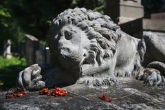 Stara statua na grób w Lviv Zdjęcie Royalty Free