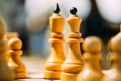 Stara Szachowa pozycja Na Chessboard Zdjęcia Royalty Free