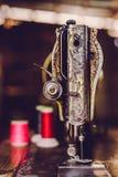 Stara szwalna maszyna, rocznika brzmienie Obraz Royalty Free