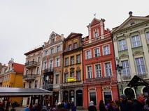 Stara Targowego kwadrata architektura z kolorowymi budynkami Fotografia Stock