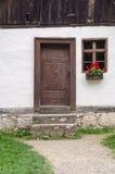 Stara tradycyjna domowa fasada zdjęcia stock