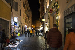 Stara ulica Rome przy nocą Zdjęcia Stock