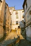 Stara ulica w Cuenca przy zmierzchem Fotografia Stock