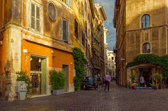Stara ulica w Rzym, Włochy zdjęcia stock
