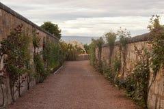 Stara ulica w St Andrews, Szkocja, UK obrazy royalty free