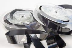 Stara VHS kaseta z unwound taśmą Uszkadzający dane środek dla starego fotografia stock