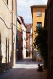 Stara wąska ulica w hiszpańskim mieście Logrono obraz stock