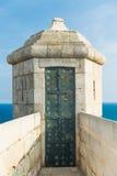 Stara wieża obserwacyjna w Santa Barbara kasztelu Obrazy Stock