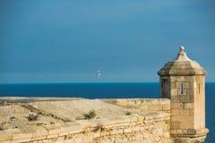 Stara wieża obserwacyjna w Santa Barbara kasztelu Zdjęcia Royalty Free