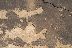 Stara wietrzejąca betonowa ściana z uszkadza tekstury tło i pęka Zdjęcia Royalty Free