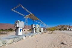 Stara zaniechana stacja benzynowa w Cachi, Argentyna Obrazy Royalty Free