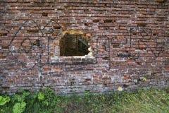 Stara zniszczona stara fabryki ściana zdjęcia royalty free