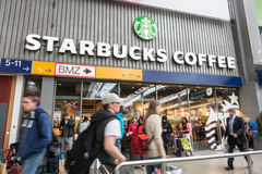 Starbucks Coffee customers Stock Photography