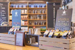 Starbucks-koffiewinkel stock foto's