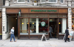 Starbucks Londra Immagine Stock