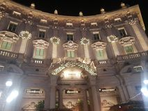 Starbucks reservfasad i milan milano Italien italia royaltyfri fotografi