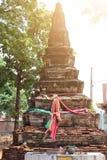 Stare ceglane pagodowe Buddyjskie wiary w Tajlandzkich świątyniach, atrakcje turystyczne Lokalizować outdoors zdjęcie royalty free