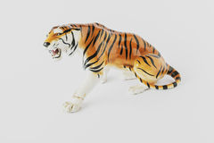 Stare ceramiczne figurki na białym tle obraz royalty free