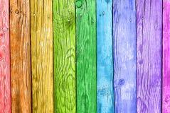 Stare deski w kolorach tęcza kolorowy tła drewno zdjęcie royalty free