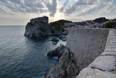 Stare miasteczko ściany przy zmierzchem dubrovnik Chorwacja Obraz Stock
