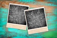 Stare natychmiastowe fotografii ramy z ekranowymi narysami ilustracyjny lelui czerwieni stylu rocznik Zdjęcie Stock