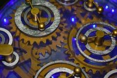 Stare przekładnie mechanizm robot komiczka wirują obraz stock