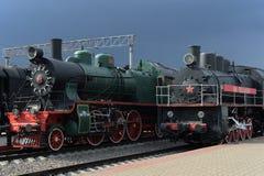 Stare Radzieckie lokomotywy w muzeum historia kolejowy transport przy Ryską stacją w Moskwa fotografia royalty free