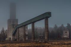 Starego i zamkniętego puszka kierownicza rama kopalnia Fotografia Stock