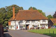 Starego kraju szalunek promieniejący pub Zdjęcie Royalty Free