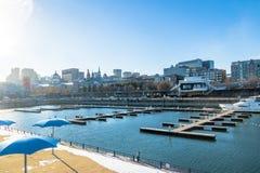 Starego portu i miasta linia horyzontu - Montreal, Quebec, Kanada fotografia royalty free