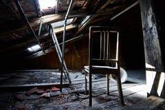 Starego przegranego abandonend budynku fabryczna sala Zdjęcia Stock