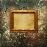 Starego rocznika złocista ozdobna rama dla obrazka obraz royalty free