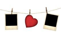 Starego stylu fotografia i walentynki karciany serce kształtowaliśmy od starej czerwonej papki Fotografia Royalty Free