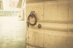 Starej bramy rocznika koloru drzwiowy brzmienie Fotografia Stock