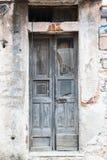 Starej rocznik zieleni drewniany drzwi Obraz Royalty Free