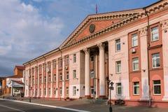 Starej sowieckiej architektury administracyjny budynek w Mozyr, Południowy Białoruś Zdjęcie Royalty Free