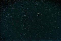 Starfield с Perseus, галактикой Андромеды, млечным путем и падать Стоковая Фотография