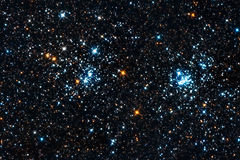 Starfield. Een dubbele stercluster Stock Foto