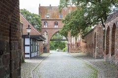 Stargarder Torport i Neubrandenburg, Tyskland Royaltyfri Bild