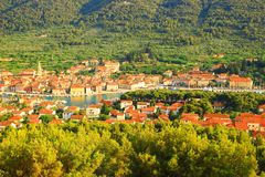 Stari-Absolventstadt auf Insel Hvar, Kroatien Stockfotografie