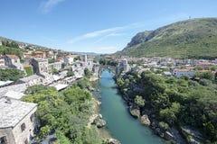 Stari Najwięcej jest odbudowywającym xvi wiek otomanu mostem w mieście Mostar w Bośnia i Herzegovina oryginał stał dla 427 fotografia royalty free