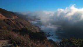 Starker Küstennebel in Big Sur stock footage