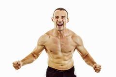 Starker muskulöser Mannbodybuilder bereit, für Sieg zu kämpfen Stockfotografie