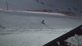Starker Wind auf Skiort Gorky Gorod 2200 Meter über Meeresspiegelvorratgesamtlängenvideo stock video footage