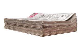 Starkes Bündel Zeitungen Stockfotografie