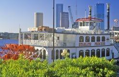 �Starlite Princess� river boat and Tampa skyline, Tampa, Florida Royalty Free Stock Photos