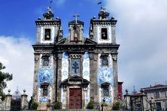 starożytny Carmo kościół Oporto Portugal Obraz Stock