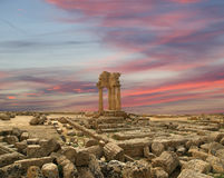 Starożytny Grek świątynia dolina świątynie Dioscuri, Agrigento, Sicily (V-VI wiek BC) Zdjęcie Stock